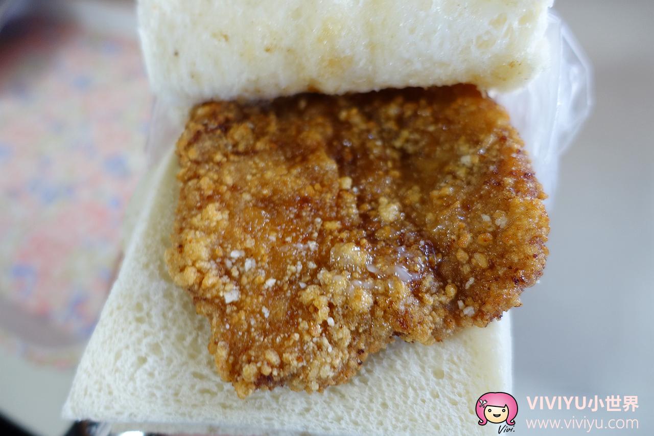 [桃園.美食]明峯早餐店♥ 銅板美食♥ 排隊早餐~現炸豬排多汁又美味 @VIVIYU小世界
