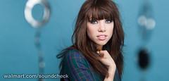 Carly Rae Jepsen Brings 'Kiss' to Walmart Soun...