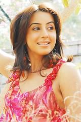 South Actress SANJJANAA Photos Set-4 (13)
