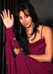 South Actress SANJJANAA Photos Set-7 (16)