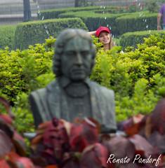 Red cap poser