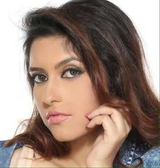 Bollywood Actress ANCHAL SINGH Photos Set-1 (10)