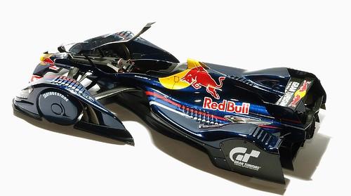 AutoArt Red Bull X2010