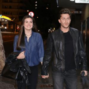 Klebber Toledo admite estar apaixonado e elogia caráter de Camila Queiroz