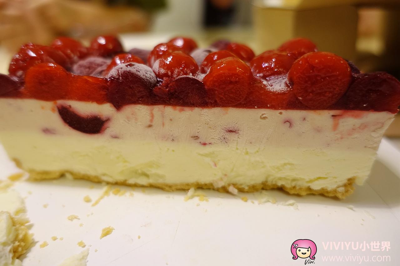 [團購]Jucy Jucy手作貓咪蛋糕.似冰淇淋口感的乳酪蛋糕~Anita10歲生日蛋糕.芒果、櫻桃、藍莓三種口味分享(已歇業) @VIVIYU小世界