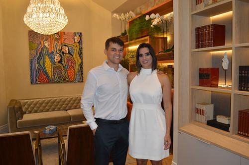 Os arquitetos Cristina Araújo e Cássio Pena