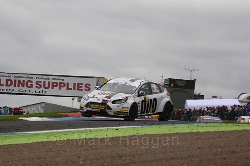 Mat Jackson in BTCC race 2 during the Knockhill Weekend 2016