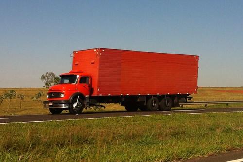 truck trucks caminhões