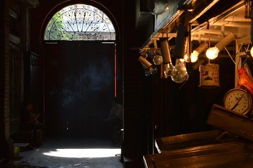 Shadows in El Mercado