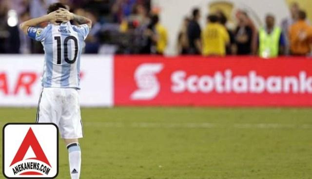 #Bola: Cedera Ancam Tunda Comeback Messi ke Timnas Argentina