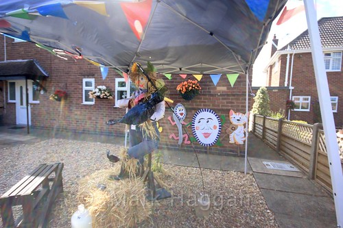 Crow Diddle at the Heather Scarecrow Festival 2016