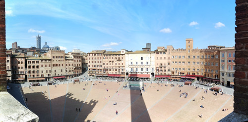 """Piazza del Campo • <a style=""""font-size:0.8em;"""" href=""""http://www.flickr.com/photos/96019796@N00/17073502286/"""" target=""""_blank"""">View on Flickr</a>"""