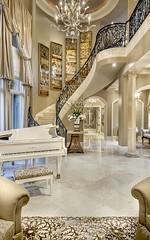 Villa Belle - elegant stairs