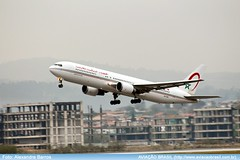"""Royal Air Maroc - CN-RNS • <a style=""""font-size:0.8em;"""" href=""""http://www.flickr.com/photos/69681399@N06/28107356533/"""" target=""""_blank"""">View on Flickr</a>"""