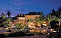 Sanabria - Luxury Pool at Night