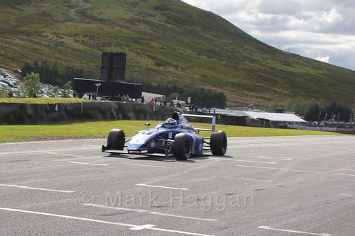 Devlin DeFrancesco in the final British Formula Four race during the BTCC Knockhill Weekend 2016