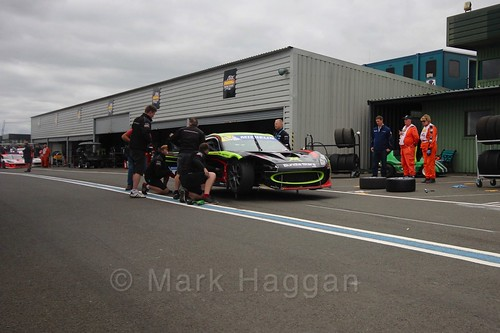 Tom Wrigley in the pits in the Ginetta GT4 Supercup at the BTCC Knockhill Weekend 2016