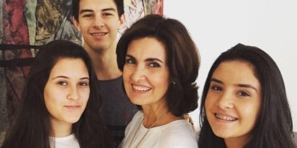 Internautas deixam mensagem de força para filhos de Bonner e Fátima