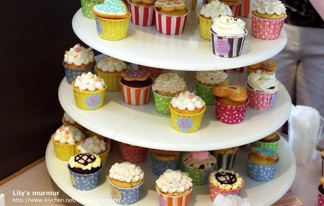 可愛又吸睛的杯子蛋糕!說什麼都要拿一個吃!