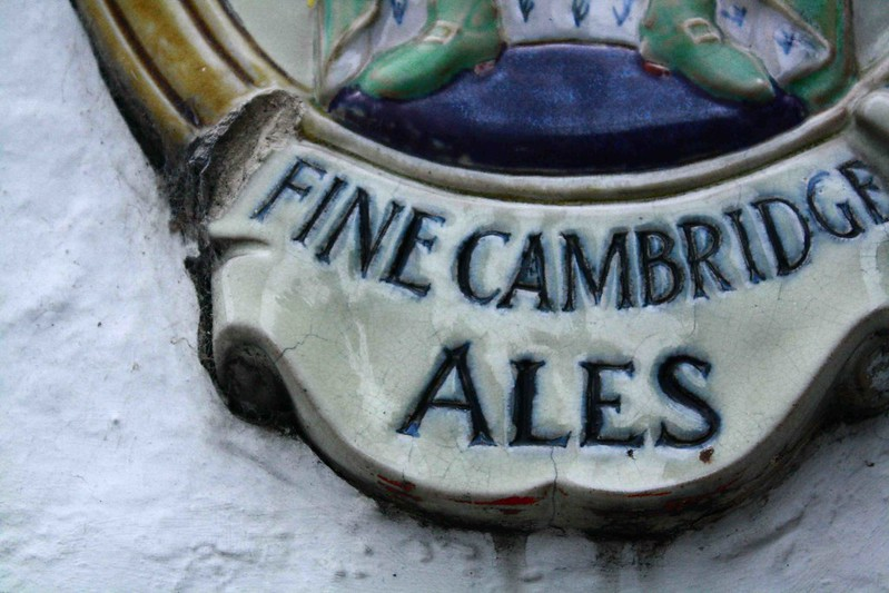 Fine ales sign, Cambridge