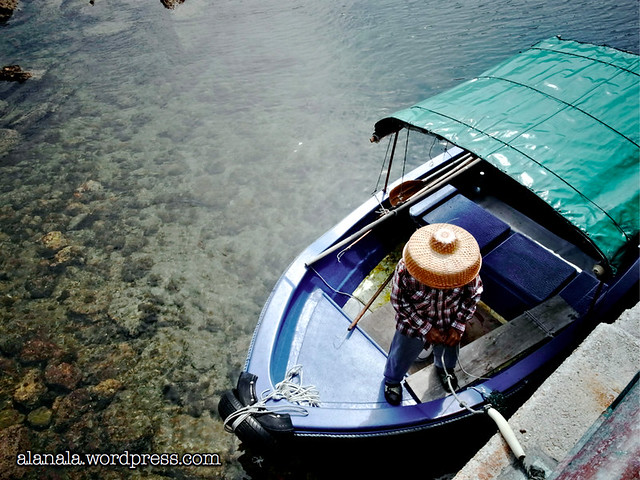 Coral Reef boatman