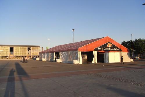 Feria Gallega de Mariscos situada en Plaza de las tres Culturas.