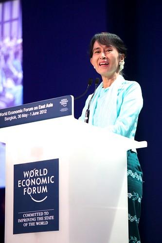 Aung San Suu Kyi - World Economic Forum on East Asia 2012
