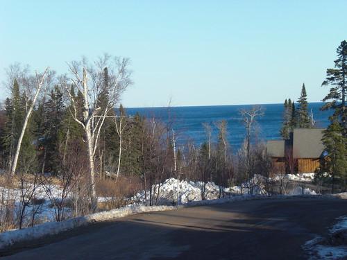 Lakeside lodging