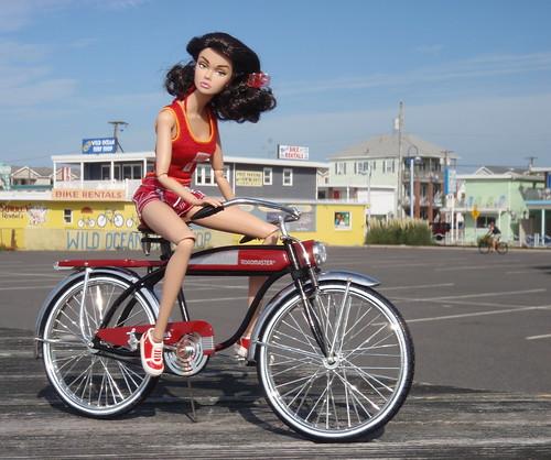 Poppy Rents A Bike