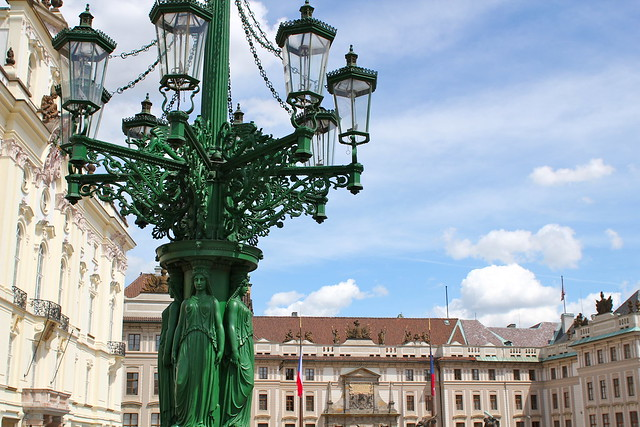 Nouveau lamp post
