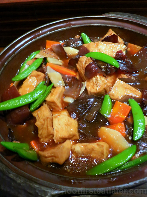 braised bean curd with black fungus & bamboo in light soya