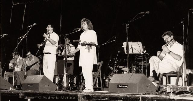 Nuevo Mester de Juglaría actuando en San Rafael en 1993. Foto Pedro Merino
