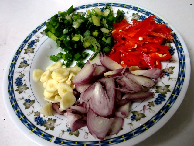 STP's fried mihun - ingredients
