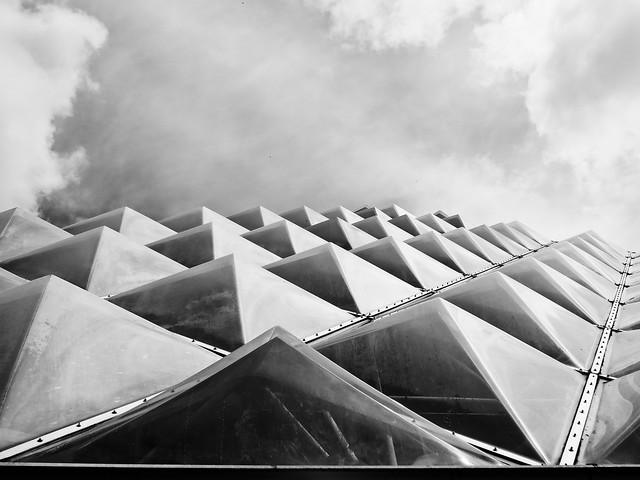 Pflanzenpyramiden by Konrad Lischka