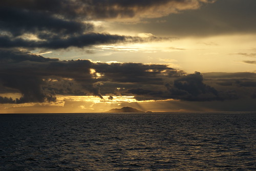 Galápagos sunset. Photo by Ben Tavener.