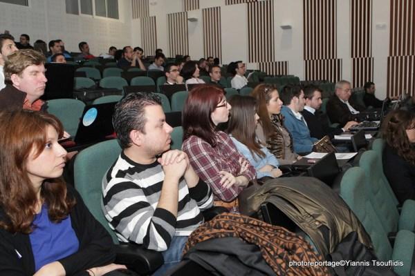Photo of meetup thanks to OKFN GR