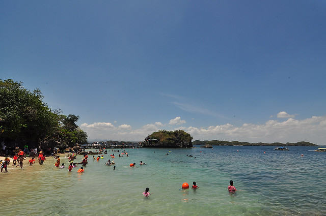 Hundred Islands (Quezon Island)