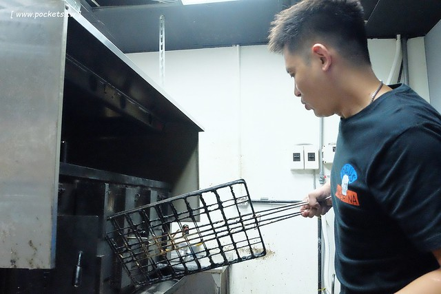 29438318255 a29500ec05 z - 熱血採訪│城裡城外巫山烤魚,台中第一間巫山烤魚,老闆是正宗大陸人,消費打卡送一壺涼茶