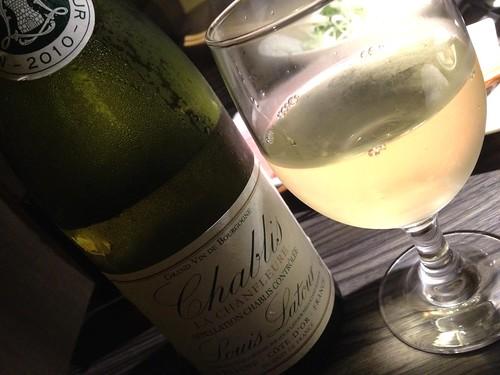 辛口白ワインで@ENZAN 新宿店