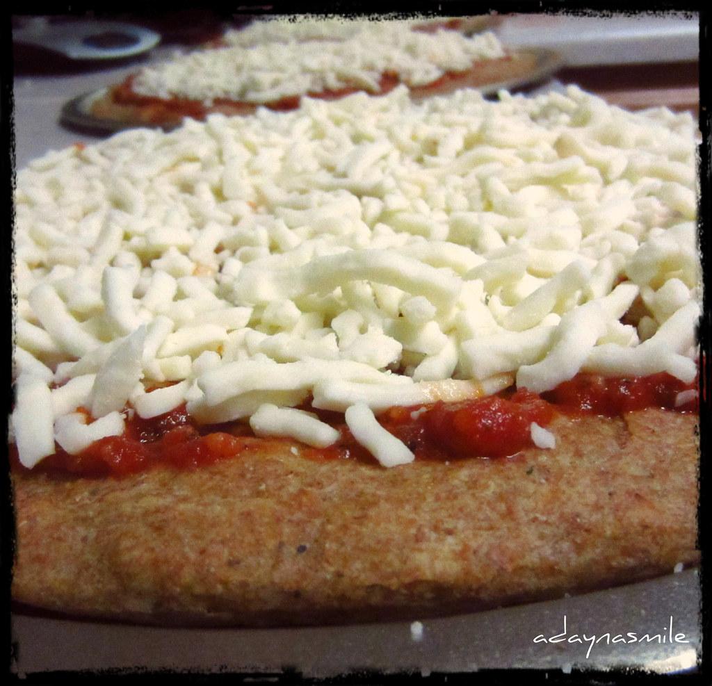Homemade Frozen Pizza Tutorial