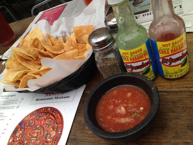 Chips and salsa - Santi's Restaurante Mexicano
