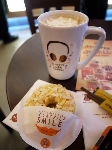 Hazelnut Latte and an Alcapone donut at J.Co Donuts & Coffee