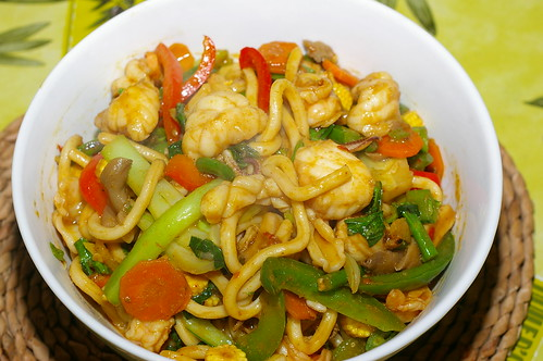 Spicy udon with seafood and vegetables by La belle dame sans souci