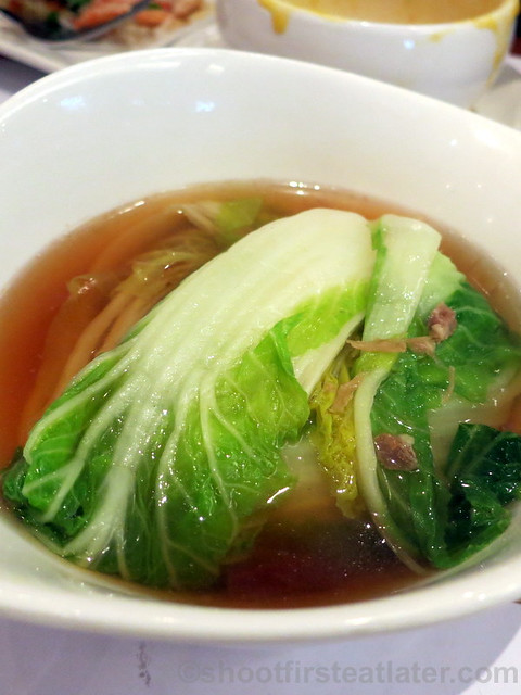 poached cabbage with Yunnan ham HK$30