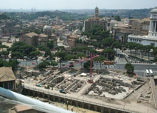 ROMA - I FORI IMPERIALI: Roberto Meneghini, Gli scavi dei Fori Imperiali. Bilancio di un ventennio di indagini (1986-2008) (con 20 tavv. f.t.), STUDI ROMANI, LVI, 2008, 1-4, pp. 64-104. by Martin G. Conde