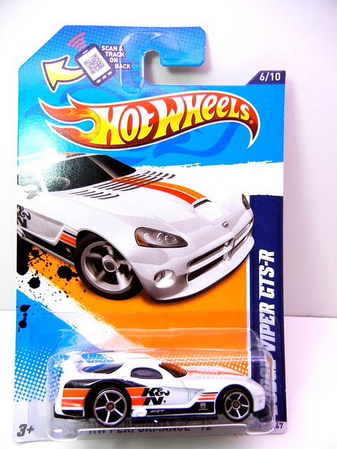 hot wheels dodge viper gts-r white k&n (1)