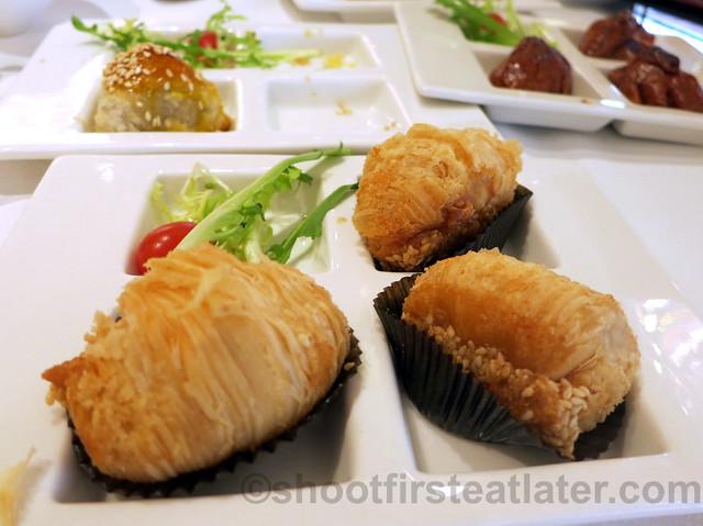 baked turnip & Yunnan ham pastry HK$26