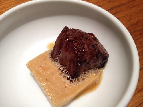 ハラミは溶けるタレに載せていただきます。@焼肉キッチンスタジアム 黒5 本店 (クロゴ)