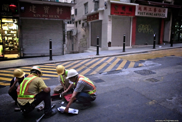 Workers' roundtable in the middle of a road