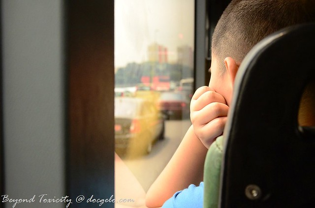 bus while traffic
